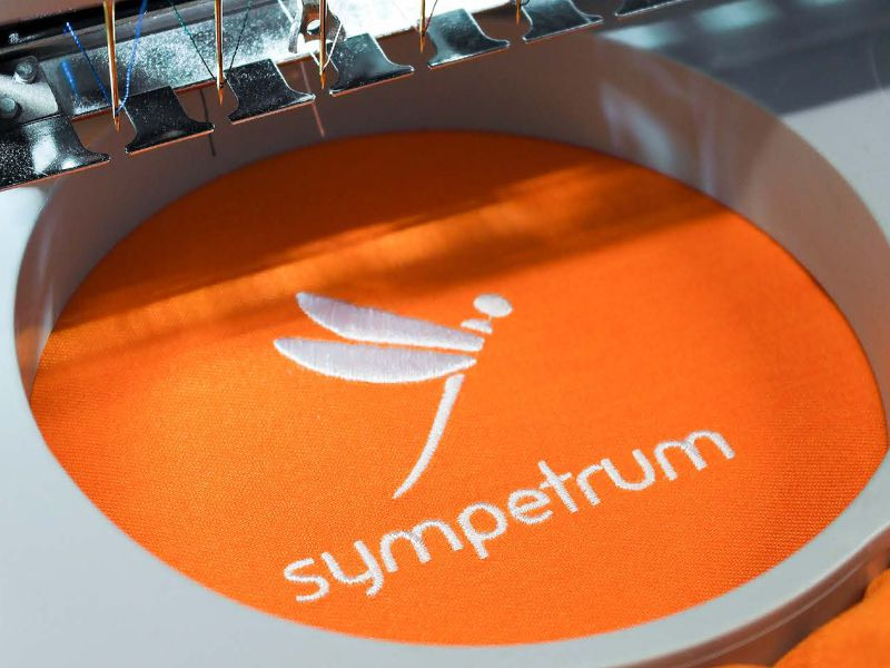 sympetrum_nadruki_logo